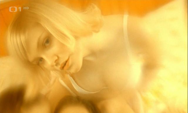Martina Klirova nude – Snowboarders (2004)
