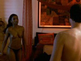 Sara Martins nude - Les Secrets Du Volcan s01e03 (2006)