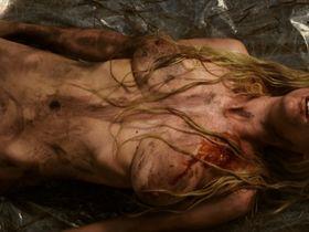 Maria Forque nude - Into the Mud (2016)