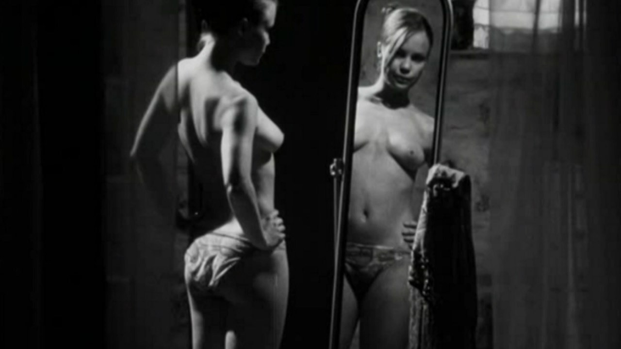 Yong alasti Miten hieronta rintojen seksin aikana