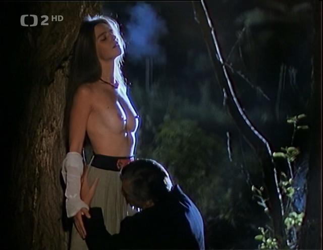 Lucie Zednickova nude - Helimadoe (1992)