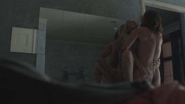 Anu Sinisalo nude - Ei kiitos (2014)