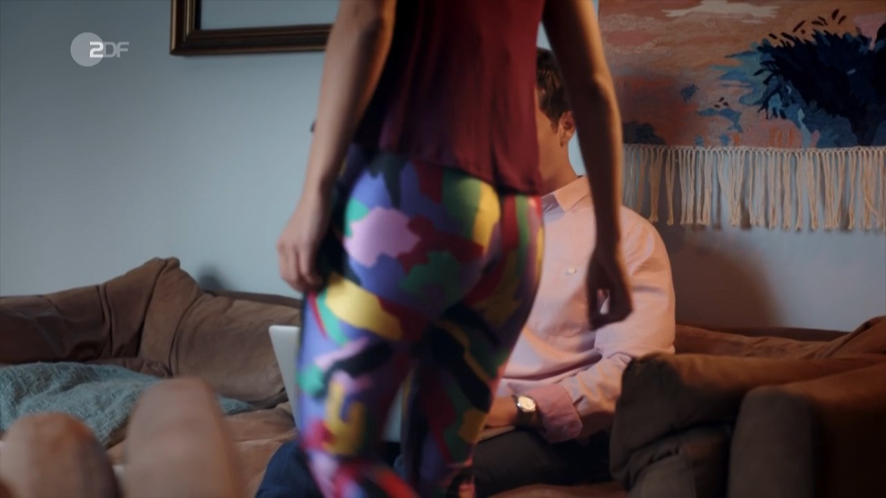 Elli Tringou sexy - Just Push Abuba s01e01-03 (2018)