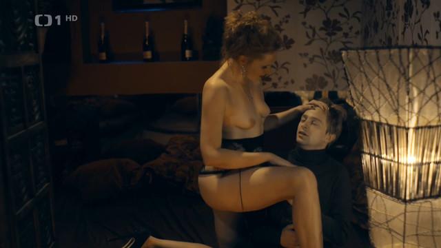 Jana Podlipna nude - Rapl s01e12 (2016)