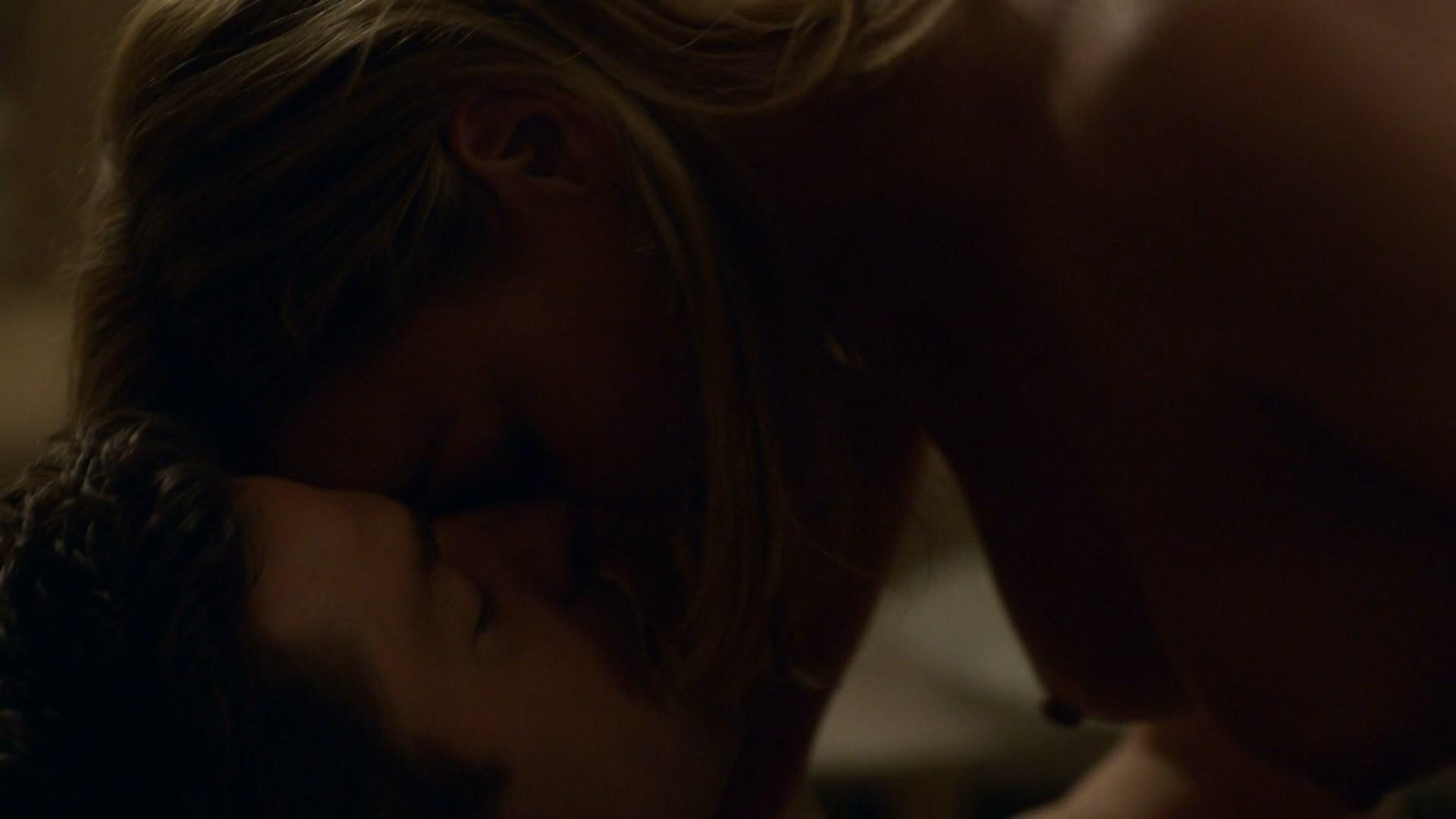 Abbie Cornish nude - Tom Clancy's Jack Ryan s01e04 (2018)