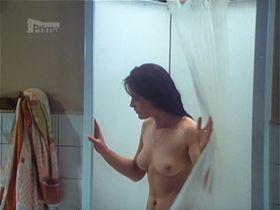 Marketa Fiserova nude - Reknem si to pristi leto (1977)