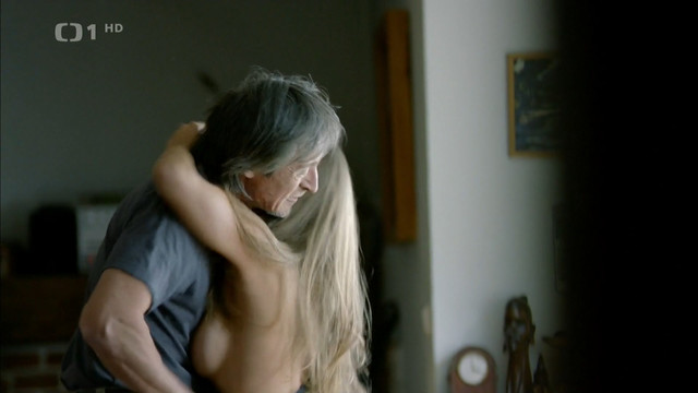 Aneta Vrzalova sexy - Setkani s hvezdou Dagmar Havlova (2012)