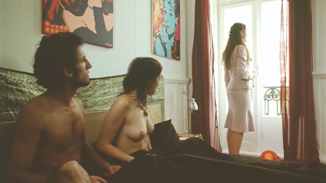 Sara Cipriano nude - A Assassina Passional Esta Louca (2010)