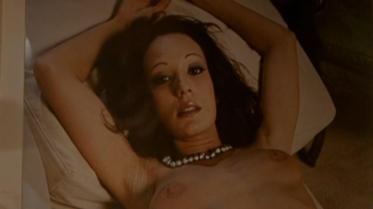 Chulpan Khamatova nude - Hurensohn (2004)