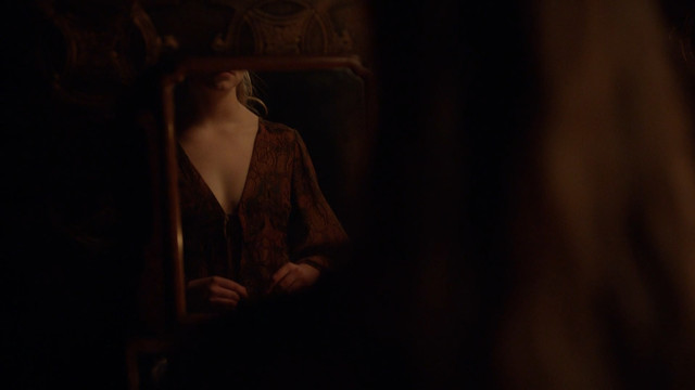 Anya Taylor-Joy sexy - The Miniaturist s01e01 (2017)