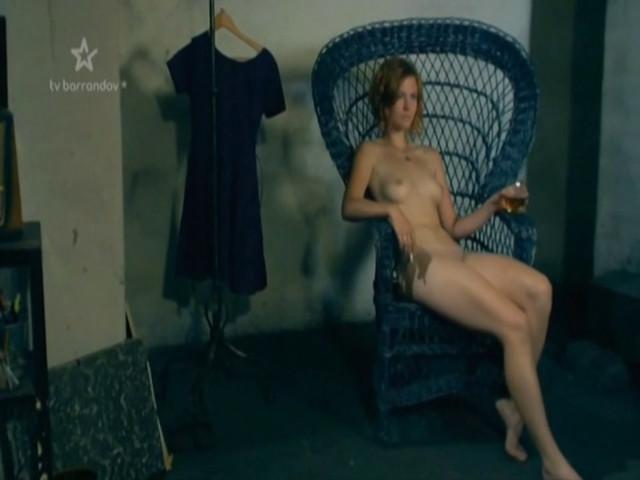 Petra Dolezalova nude - Obchodnici (2013)