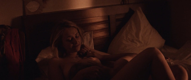 Kristine Thorp sexy - Fanny (2018)