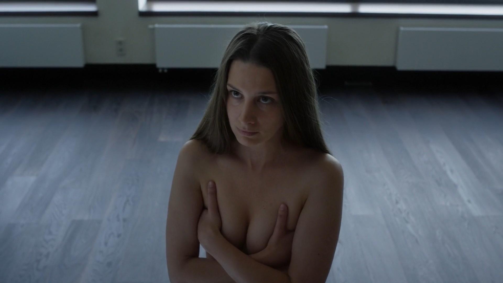 Varvara Scherbakova sexy - Shadow (2016)