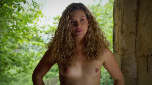 Katerina Sedlakova nude - Trapasy (2007)
