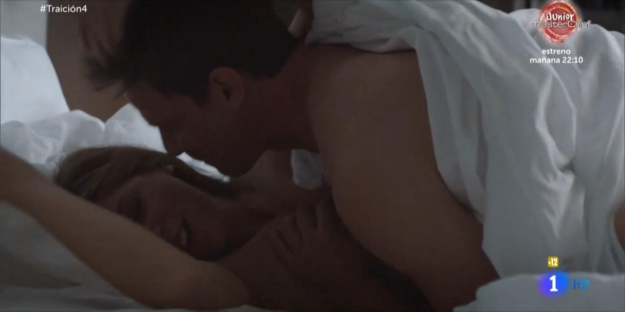 Velasco  nackt Manuela Manuela Arcuri