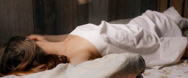 Marilyn Castonguay sexy - Point de mire (2014)