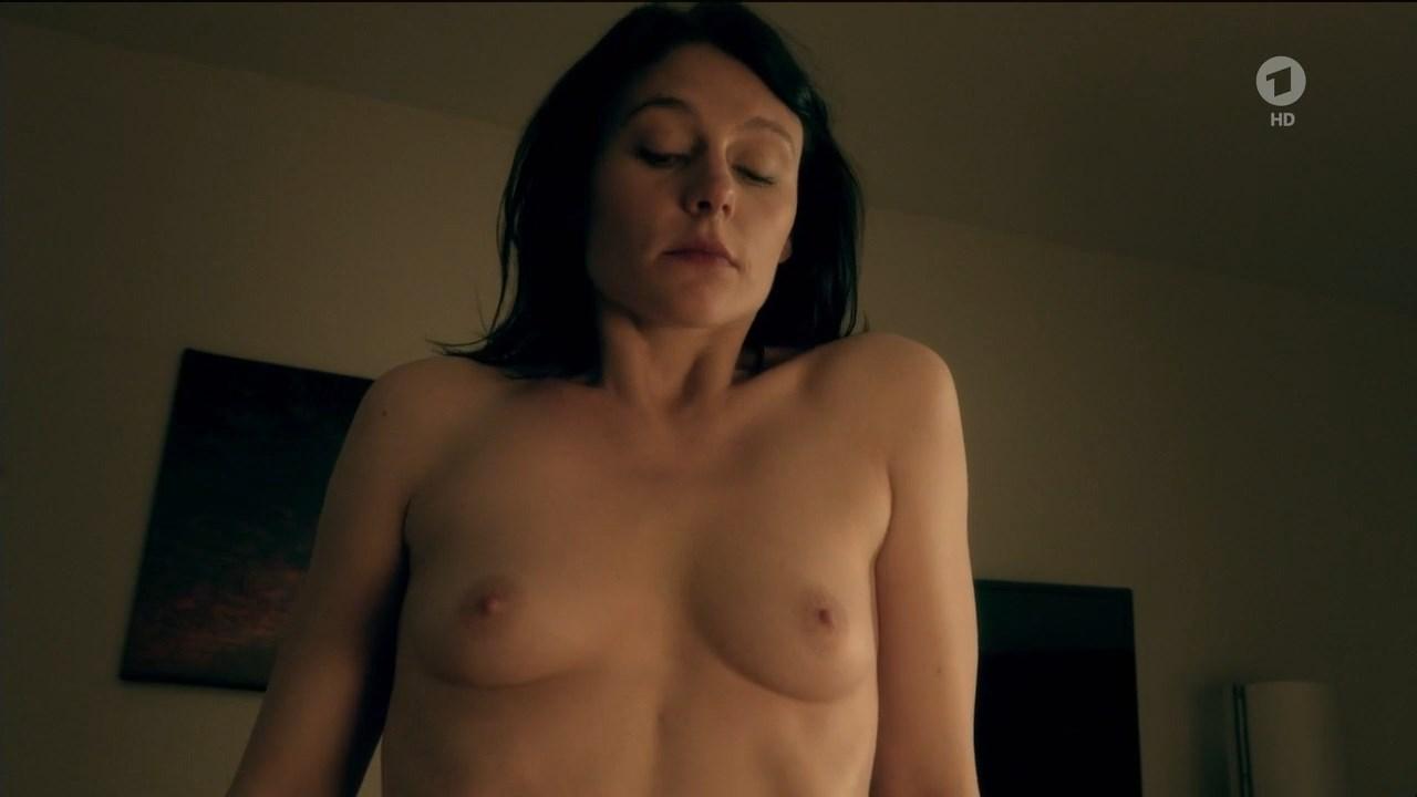 Maike Moller nude – Tatort e972 (2016)
