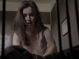 Marie Petiot nude - Holly Weed s01e08 (2017)