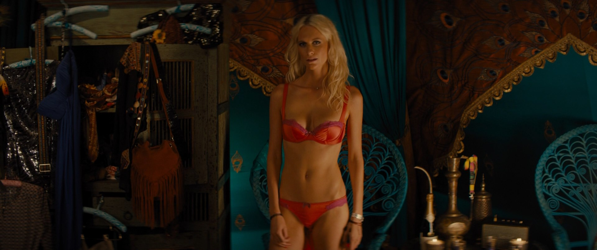 Poppy Delevinge sexy - Kingsman The Golden Circle (2017)
