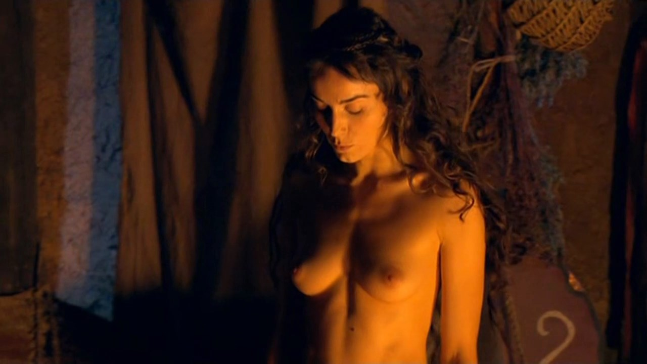 Isabelle Stoffel  nackt