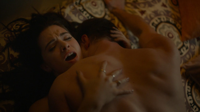 Katie Stevens sexy - The Bold Type s01e04 (2017)