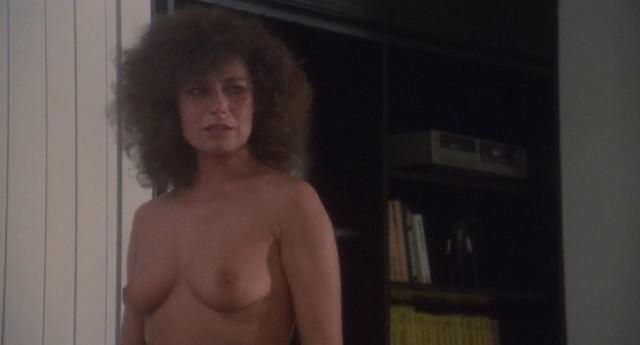 Corinne Clery nude - Il miele del diavolo (1986)
