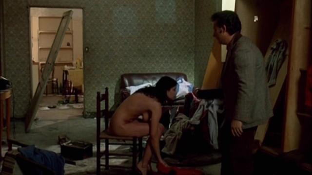 Claudia Muzii nude - Scugnizzi (1989)