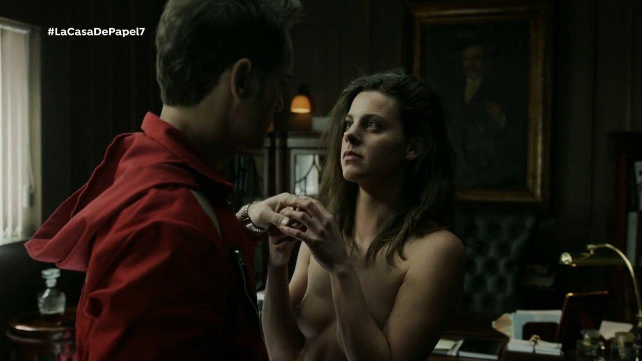 Clara Alvarado nude - La Casa De Papel s01e07 (2017)