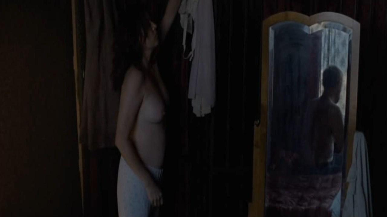 Amanda Crew Topless amanda ooms nude - larjungen (2013)