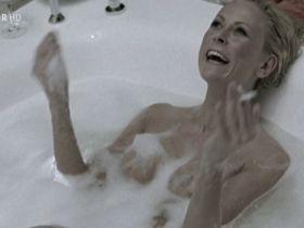 Jenny Elvers nude –  Knallhart (2006)