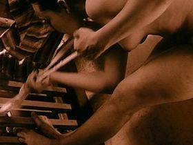 Chulpan Hamatova nude – Tuvalu (1999)