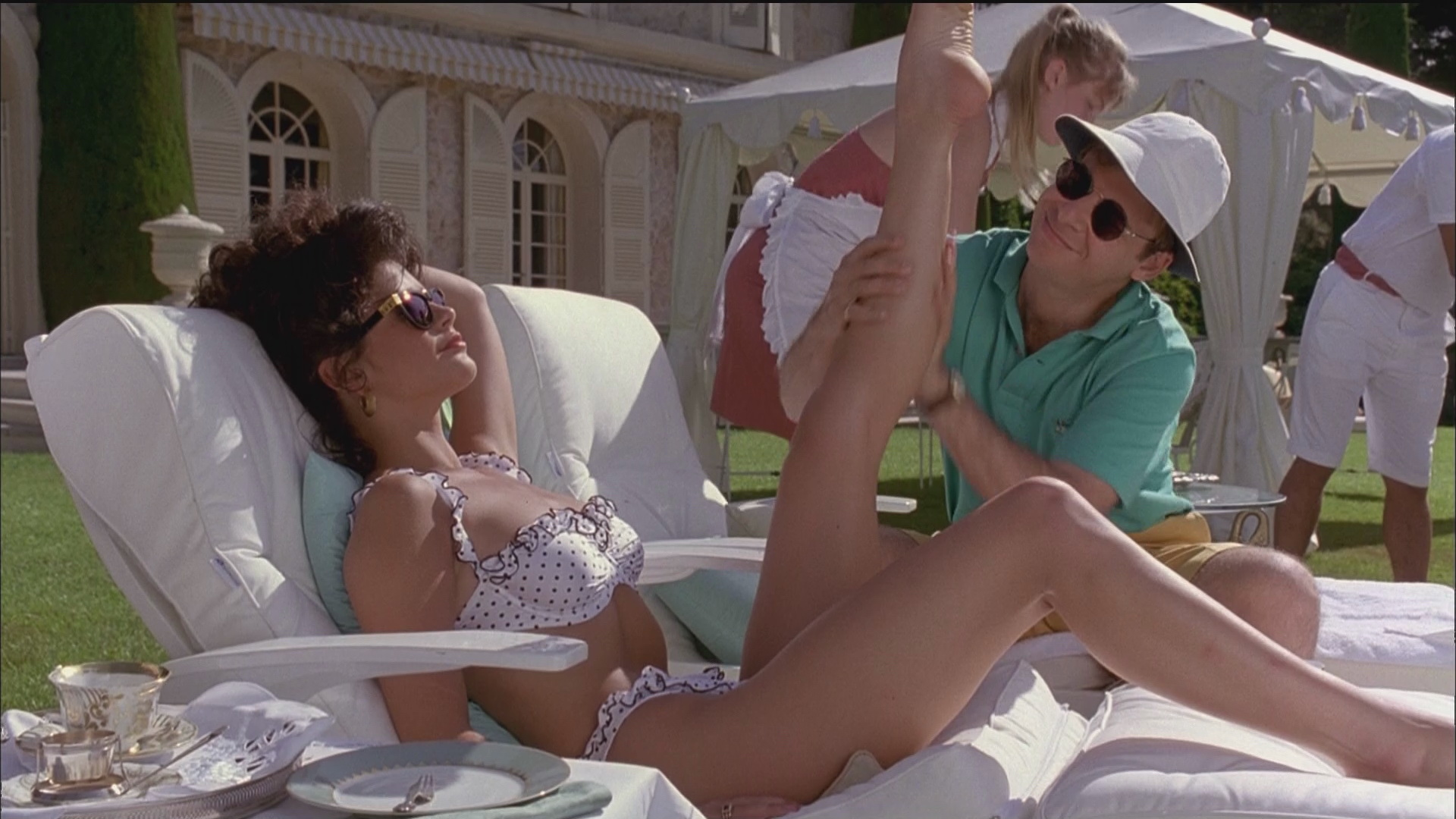 Catherine Zeta-Jones nude – Splitting Heirs (1993)