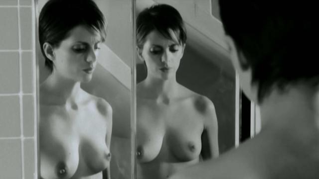 Macarena Gomez nude - La nina (2012)