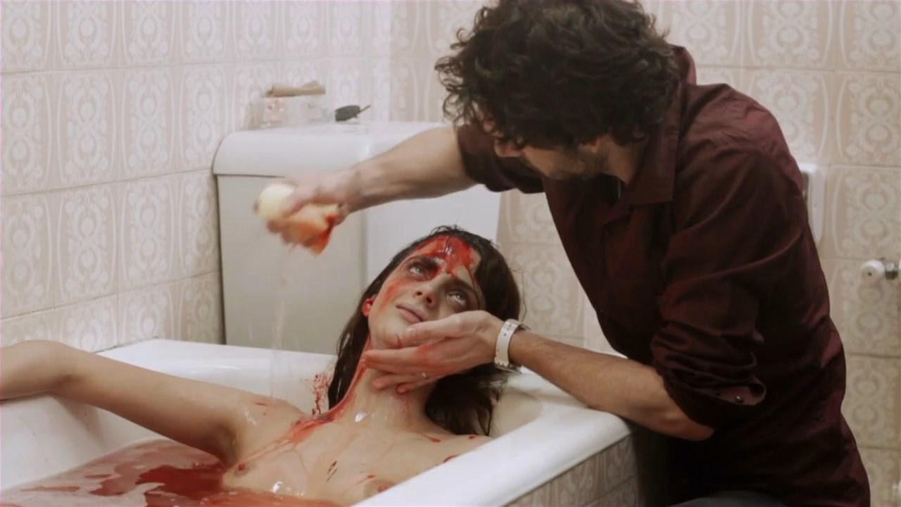 Macarena Gomez nude - Quedate conmigo (2010)