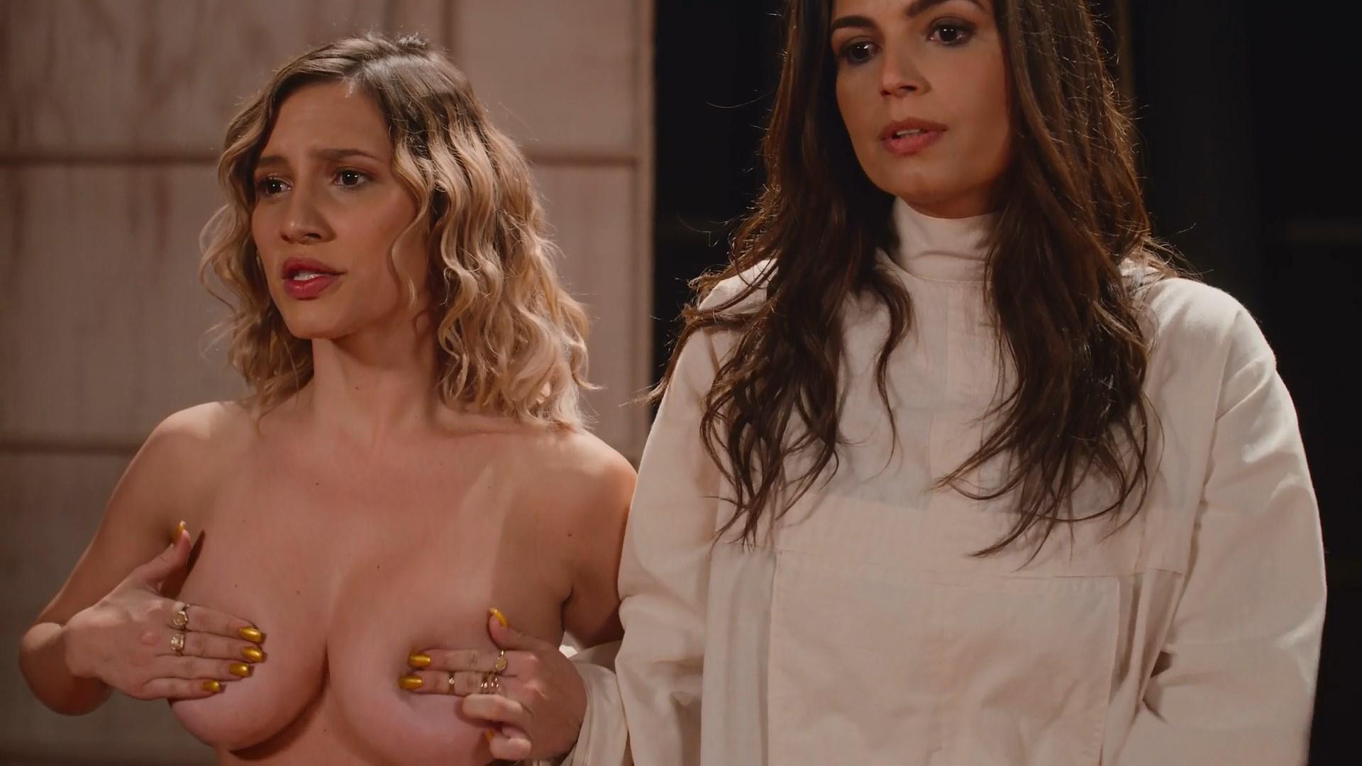 Lorena Comparato nude - Samantha! s02e05 (2019)