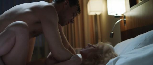Aleksandra Rebenok nude – Mertvoe ozero s01e06 (2019)