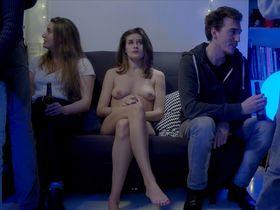 Laura Leoni nude - Je suis nue (2019)