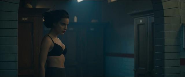 Maria Gabriela de Faria sexy - Deadly Class s01e06 (2019)