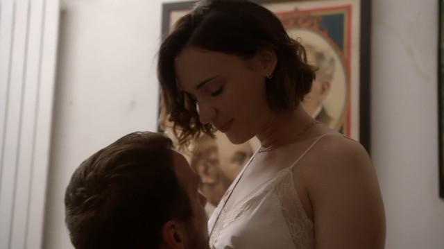 Nathalie Odzierejko nude - Sam s03 (2019)