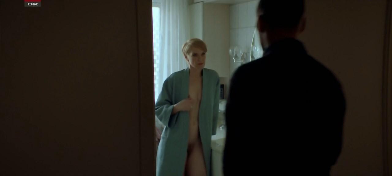 Maria Rich nude - Bedrag s03e04 (2019)