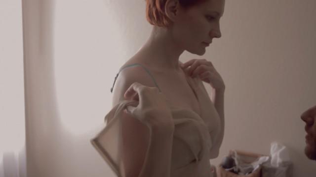 Deanna Noe sexy - Lifelike (2018)