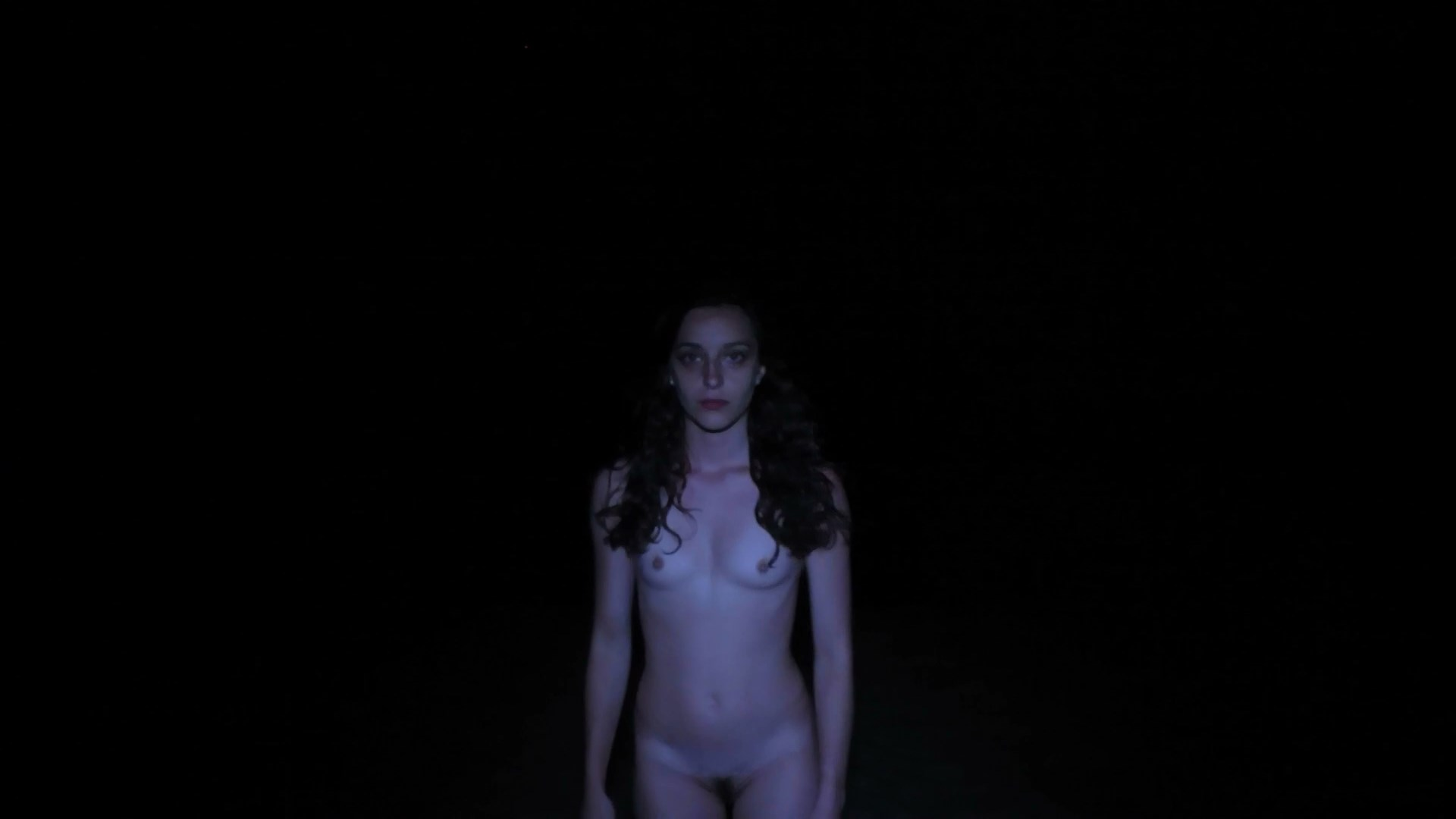 Colomba Giovanni nude - Fusion (2018)