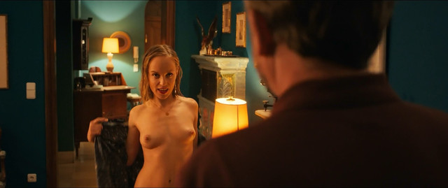 Friederike Kempter nude - Safari Match Me If You Can (2018)