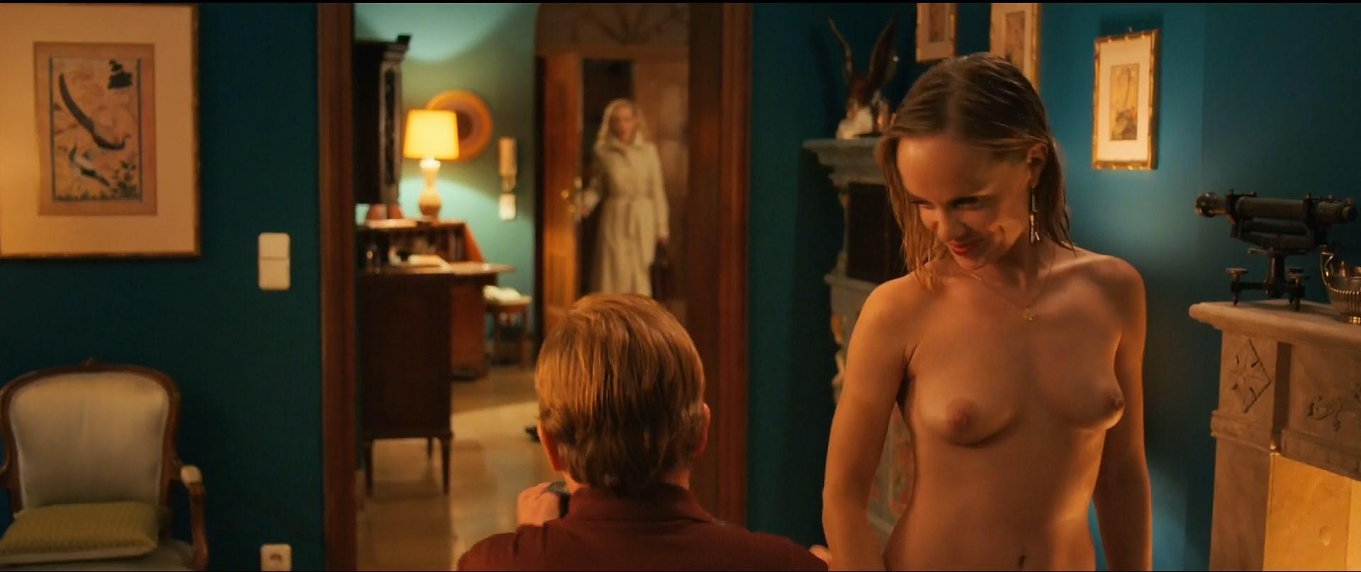 Friederike Kempter Nude