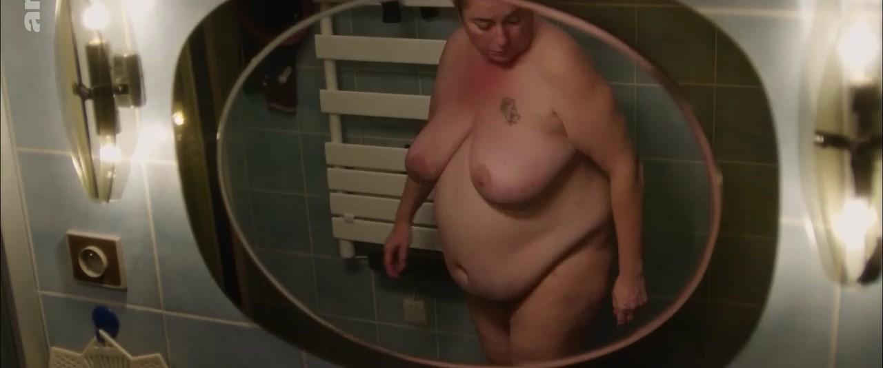 Sylvie Le Clanche nude - Le mal bleu (2018)