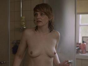 Laura Tonke nude - Bist du glucklich (2018)