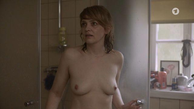 Attractive Sabrina Reiter Nude Pictures
