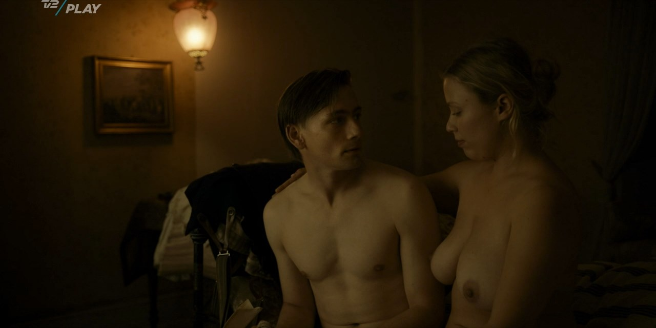 Sophie-Marie Jeppesen nude - Lykke Per s01e01 (2018)