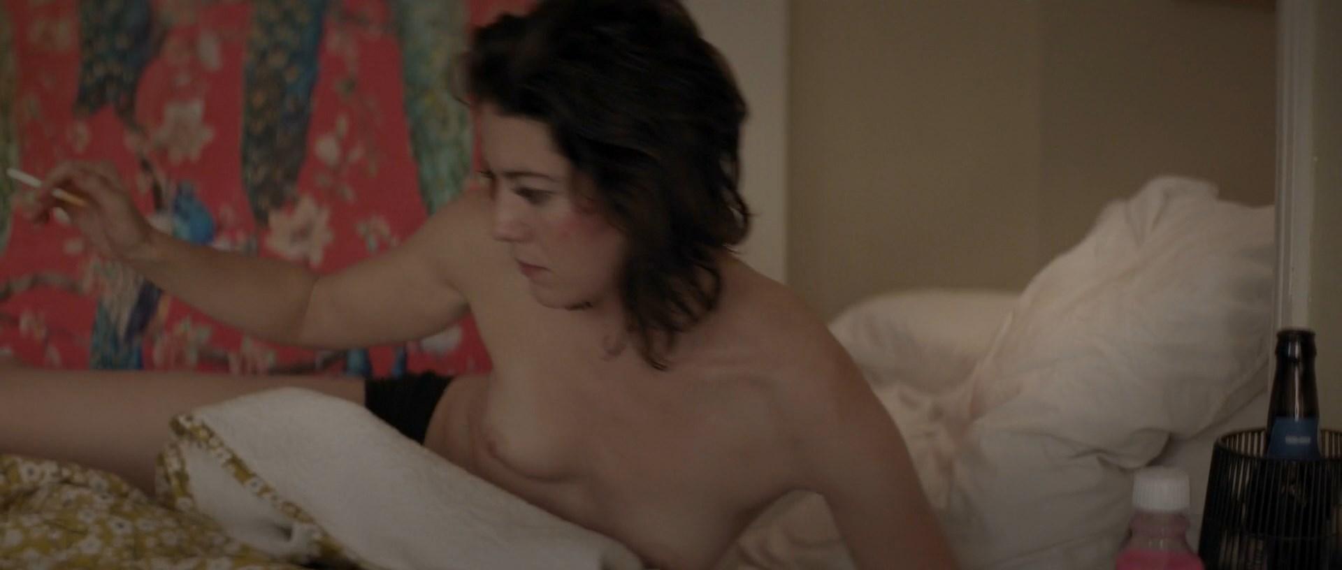 Mary Elizabeth Winstead nude - All About Nina (2018)
