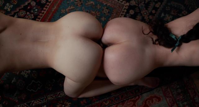 Mathilde Warnier nude - Curiosa (2019)